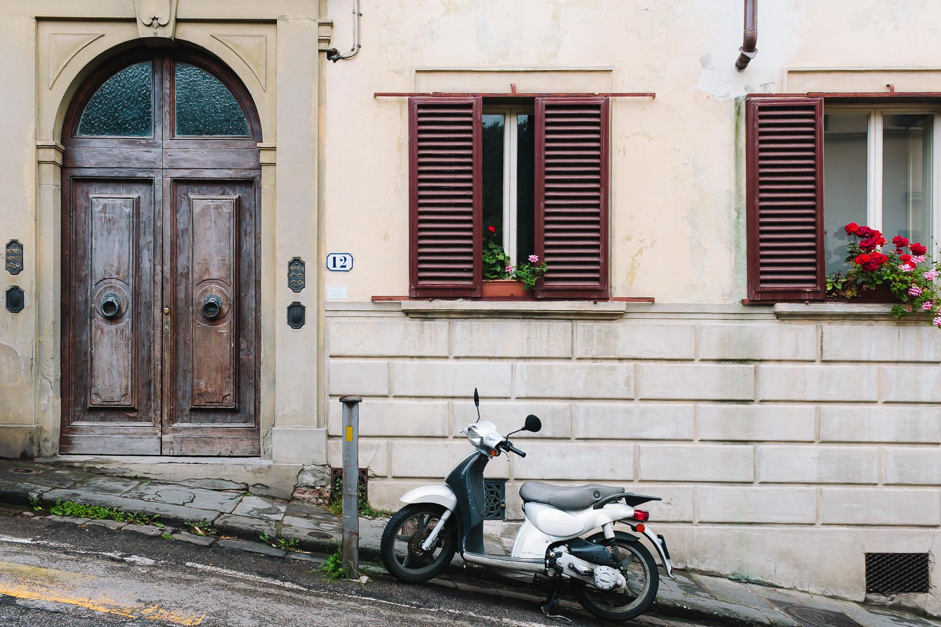 Streets in Florence, Italy, Italia, Firenze, Tuscany, Toscana