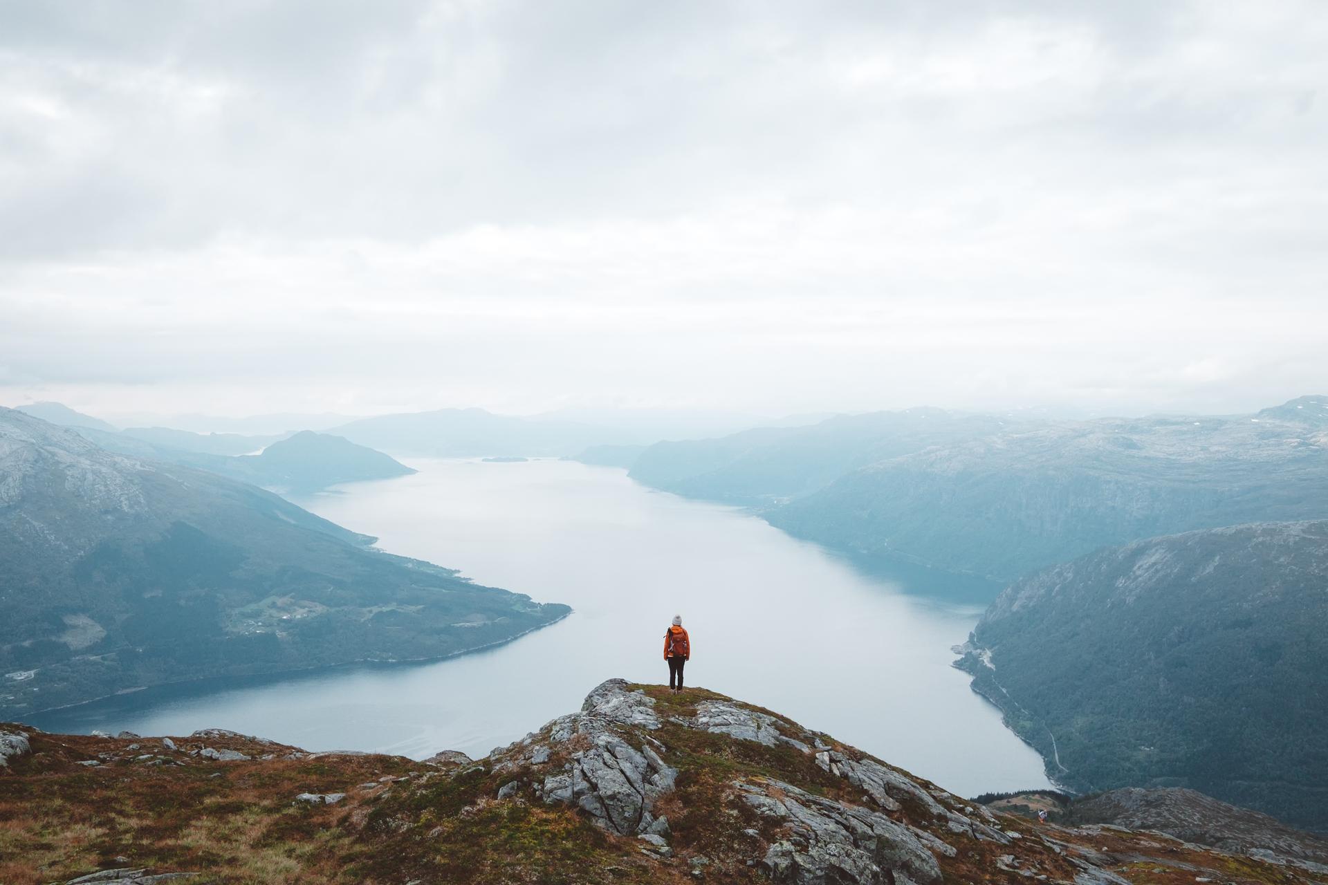Mount Oksen,哈当厄尔峡湾,挪威,峡湾