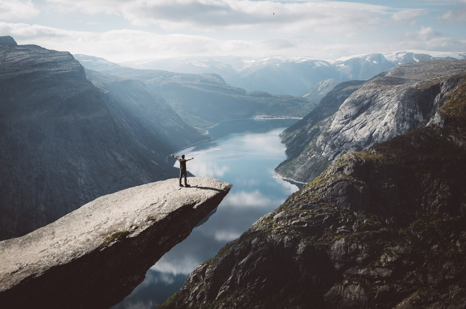 Trolltunga hike: a photo guide