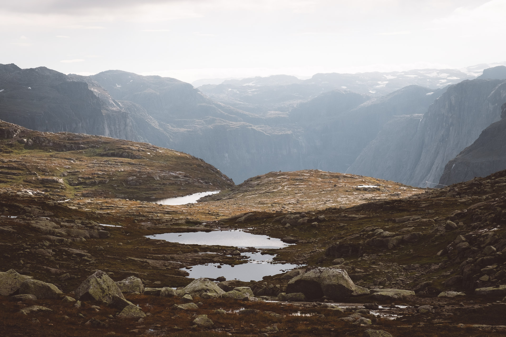 Trolltunga hike, photo guide, travel, day hike, Norway, hardangerfjord